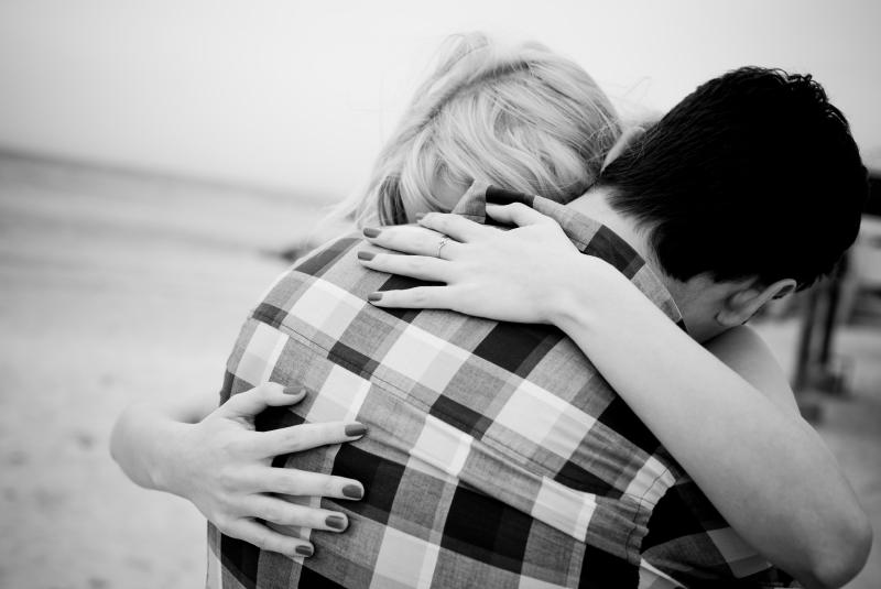 Verzeihen: Wie glückliche Paare mit gegenseitigen Verletzungen umgehen